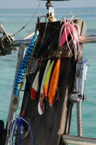 angelausrüstung auf einem segelboot
