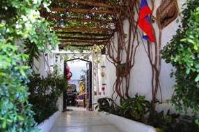 Außenbereich der Posada Guaripete in Los Roques